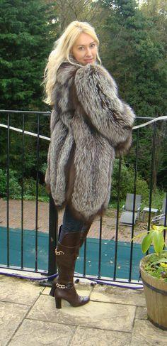GLAMOROUS REAL FOX FUR JACKET COAT SIZE 10-12 FREE FOX FUR HAT 2 MATCH COAT | Abbigliamento e accessori, Donna: abbigliamento, Cappotti e giacche | eBay!