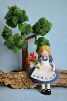 *NEEDLE FELTED ART ~ Alice in Wonderland, doll