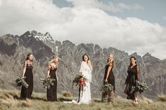 Beautiful bohemian bride wearing Rue De Seine.  Queenstown New Zealand mountain wedding venue NZ High Country by Dawn Thomson.  #ruedeseine #weddingdress #bride #newzealand #newzealandphotographer