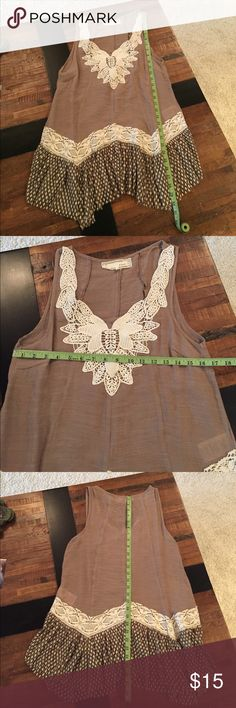 Sweet, sleeveless tunic! Sweet, sleeveless tunic! Tan, cream, & brown with lace insets. Would look great with leggings or skinny jeans. A'Reve Tops Tunics