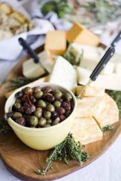 Cheese and Olive Platter: The perfect plate for entertaining guests