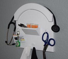 Stethoscope Holder and Storage - Nurse and Doctor wall supply storage - NurseKeeper - The best way to store your stethoscope and badge Nursing School Graduation, Nursing Career, Nursing Tips, Nursing Party, Medical Students, Nursing Students, Nursing Schools, Best Stethoscope, Stethoscope Brands