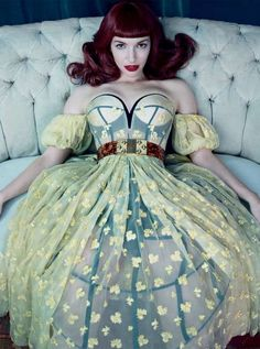Victorian Era Fashion Editorials - The Vogue Italia Swing With Me Photoshoot is Vintage (GALLERY)