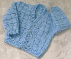Knitting baby boy cardigan free crochet 70 ideas for 2019 Baby Boy Cardigan, Cardigan Bebe, Knitted Baby Cardigan, Knit Baby Sweaters, Crochet Jacket, Baby Cardigan Knitting Pattern Free, Knitting Patterns Boys, Baby Sweater Patterns, Baby Patterns