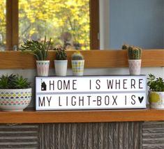 A la fois, décorative et amusante, cette boite lumineuse vous permet d'écrire et de composer des messages originaux, à votre envie. #luminaire #design #nedgis #contemporarydesign #designcontemporain #alittlelovelycompany #judithdeRuijter #NikkiHateley #lightbox #lightboxa5 #enfant #maison #home #children #salon #livingroom #cuisine #kitchen #parties #fetes #chambre #bedroom #blanc #noir #white #black