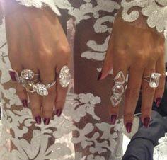 Beyonce at the 2014 Grammy Awards, rings from Lorraine Schwartz Jewelry 2014, Fine Jewelry, Jewelry Box, Jewelry Trends, Bold Jewelry, Stylish Jewelry, Women Jewelry, Zuhair Murad, Marchesa