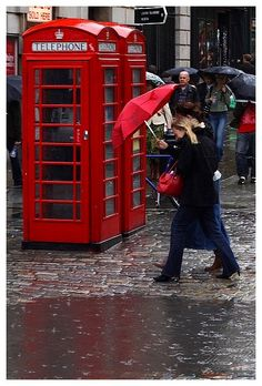 A rainy day in London, England Stop The Rain, I Love Rain, London Rain, Smell Of Rain, Rain Days, Under The Rain, Red Umbrella, Need A Vacation, Dancing In The Rain