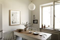 Rustic Kitchen // Neutrals // Wooden Table // Pendant Light // Home Decor