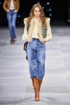 Celine Spring 2020 Ready-to-Wear Fashion Show Celine Spring 2020 Ready-to-Wear Collection - Vogue Fashion Mode, Fashion Week, Fashion 2020, Denim Fashion, Look Fashion, Runway Fashion, Spring Fashion, Winter Fashion, Fashion Show