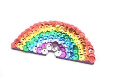 It's easy to learn how to make your own rainbow sequin hair clip for girls! My daughter loves this shiny rainbow but you can make any shape hair clip! Cute Girls Hairstyles, Diy Hairstyles, Make Your Own, Make It Yourself, Rainbow Bag, Homemade Playdough, Beauty Makeup Tips, Kool Aid, Diy For Kids