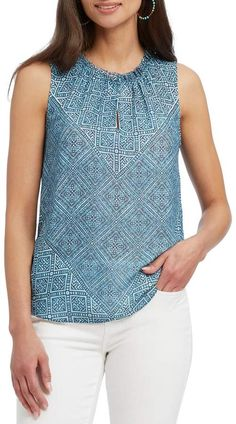 Nic+Zoe Plus Size Santorini Tiles Tank Top Lace Dress Styles, Blouse Styles, Kurti Embroidery Design, Nic And Zoe, Look Fashion, Fashion Sale, Classy Outfits, Casual Tops, Sleeveless Blouse