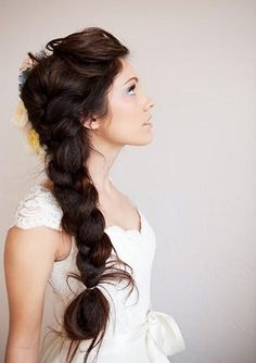 Been looking for a brunette with Tangled, Rapunzel hair. <33 This is how my hair will be on my wedding day, complete with flowers & lots of ribbon. Mark my words.