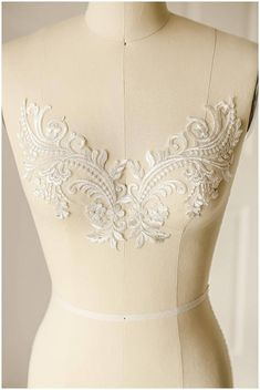 Beautiful off-white/ ivory embroidered lace appliqué flower with thin SILVER thread, soft and romantic unique design. Applique Dress, Flower Applique, Embroidery Dress, Wedding Embroidery, Wedding Dress Patterns, Lace Patterns, Bridal Dresses, Wedding Gowns, Bridal Bouquets