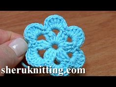 Free crochet flower patterns, learn how to crochet a flower, collection of free crochet flower tutorials, crochet flowers for any of your project Beau Crochet, Crochet Puff Flower, Crochet Flower Tutorial, Crochet Diy, Knitted Flowers, Crochet Flower Patterns, Irish Crochet, Crochet Crafts, Crochet Projects