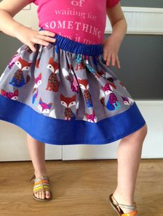 Diy Jupe, Sewing Online, Simple Girl, Couture Sewing, Girl Costumes, Baby Sewing, Sewing Tutorials, How To Make, How To Wear