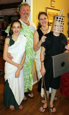 Rome Activities - Dress and Food - Do we all need togas? YES!