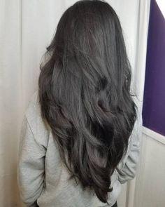 17 Incredibly Gorgeous V-Cut Hair Shape Ideas hair 2020 28 Perfect Hairstyles for Straight Hair in 2020 Long Hair V Cut, Haircuts For Long Hair With Layers, Long Layered Haircuts, Straight Hairstyles, Sleek Hairstyles, Layered V Cut Hair, Long Hair Haircuts, Layered Bobs, Summer Haircuts