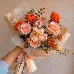 Boquette Flowers, Beautiful Bouquet Of Flowers, Luxury Flowers, Beautiful Flower Arrangements, My Flower, Planting Flowers, Floral Arrangements, Beautiful Flowers, Wedding Flowers