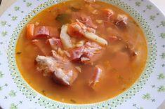 Füstölt csülkös bableves Thai Red Curry, Bacon, Recipies, Ethnic Recipes, Food, Life, Hungary, Recipes, Essen
