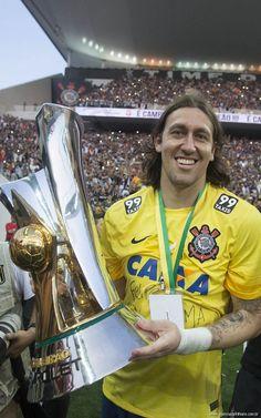 Sport Club Corinthians Paulista - Corinthians goleia São Paulo por 6 a 1 e faz história no jogo de entrega da taça do sexto título do Campeonato Brasileiro: