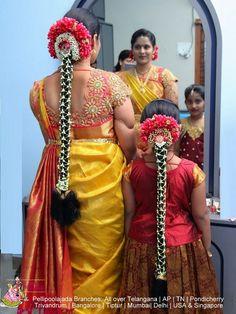 Telugu bride and Bridesmaid wearing pellipoolajada South Indian Wedding Hairstyles, Bridal Hairstyle Indian Wedding, Bridal Hairdo, Indian Hairstyles, Bride Hairstyles, Engagement Hairstyles, Bridal Blouse Designs, Hair Decorations, Flower Hair Accessories