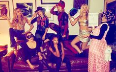 Taylor Swift Dresses as Deadpool While Celebrating Halloween With Her Squad Camila Cabello, Gigi Hadid, Martha Hunt, Lily Donaldson, Emmie Gundler and Kennedy Raye Taylor Swift Squad, Taylor Swift Fotos, Taylor Alison Swift, Taylor Swift Gigi Hadid, Lily Donaldson, Martha Hunt, Disfraz Taylor Swift, Blake Lively, Selena Gomez