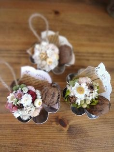 Fall Crafts, Diy And Crafts, Christmas Flower Decorations, Walnut Shell, Deco Table, Miniature Dolls, Plant Decor, Dried Flowers, Shadow Box