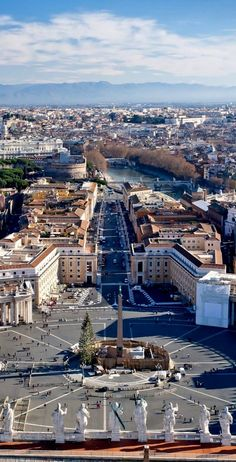 St Peters Square, Rome, Italy