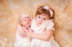 #Newborn Photography by ANI Portraits http://www.aniportraits.com #newbornphotographer #siblings #sisters #losangelesphotographer #newbornbaby #newbornbabygirl #babygirl INSTAGRAM @ANIportraits FACEBOOK: www.facebook.com/aniportraits