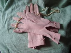 Vintage Smooth Pink Dress Gloves $15.00