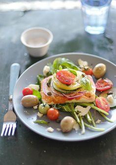 ❤❤❤ Copyrights unknown. Feta, Tomato & Arugula Salad via Verses from my Kitchen.