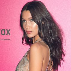 What are the 15 hottest Hollywood hair colors to try this year? Christine Thompson of Spoke & Weal loves ebony brown like Bella Hadid's. Hair Color Shades, Hair Color Blue, Hair Colors, Bella Hadid Pictures, Love Your Hair, Victoria Secret Fashion Show, Brunette Hair, Dark Hair, Hair Goals