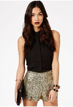 Missguided - Enriqua Sequin Shorts In Gold / SIZE 38