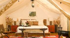 Glamping, the new term being used for upscale, or glamorous, camping is one of the fastest growing trends in the eco-luxe hospitality industry. Glamour camping offers all of the attractions of Jack… Luxury Tents, Luxury Camping, Go Glamping, Tent Camping, Camping Resort, Camping Tips, Campsite, Tent Living, Outdoor Living