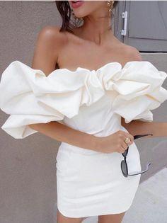Elegant Dresses, Pretty Dresses, Beautiful Dresses, Casual Dresses, Glamouröse Outfits, Classy Outfits, Summer Outfits, White Outfits, Elegantes Outfit Frau