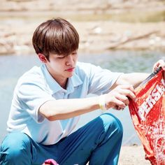 Jaemin as your boyfriend yang lagi nyuciin baju kamu K Pop, Rapper, Nct Dream Jaemin, Fandoms, Good Neighbor, Nct Taeyong, Na Jaemin, Winwin, K Idols