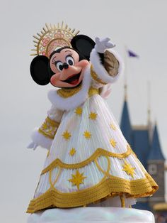 クリスマス Disney Characters Costumes, Character Costumes, Tokyo Disneyland, Disneyland Resort, Cute Disney, Disney Style, Disney Wishes, Disney Cosplay, Disney Magic