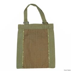 Buy this pretty shopping bag from Droom Fashion is sure to add a stylish look to your personality while you move out to your nearest super-market or grocery store. The handbag is foldable and can be given the shape of a pouch when not in use.