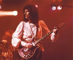 famous guitars | Brian May - 'Red Special'
