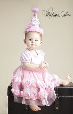 Melissa Calise Photography (Baby Girl First Birthday Posing Ideas Photo Shoot)