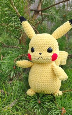 CROCHET PIKACHU PATTERN - Amigurumi Pokemon This tutorial contains a detailed pattern of crochet Pikachu. When using similar materials, the toy without ears will be about with ears – You can crochet a toy from any yarn, only you will ne Crochet Pikachu, Pokemon Crochet Pattern, Crochet Animal Patterns, Crochet Patterns Amigurumi, Stuffed Animal Patterns, Crochet Dolls, Amigurumi Pikachu, Pikachu Pikachu, Amigurumi Toys
