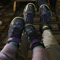 Stephen Curry and his daughter in matching Under Armour Curry One 'Dark Matter' and yes she has 2 left shoes on!