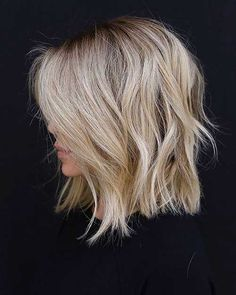 30 Ideas Of How To Sport Popular Shag Hairstyles T+ 30 Ideen, wie man beliebte Shag-Frisuren trägt T + # Blonde Messy Short Hair, Short Hair Cuts, Short Blonde Curly Hair, Short Hair With Layers, Celebrity Hairstyles, Hairstyles Haircuts, Female Hairstyles, Hairstyles Videos, Medium Blonde Hairstyles