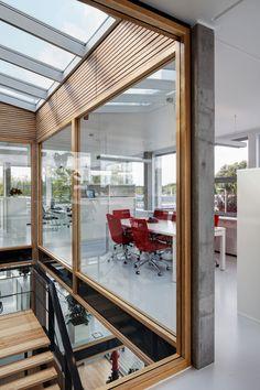 Qualm HQ   Sputnik Architecture Urbanism Research; Photo: René de Wit   Archinect