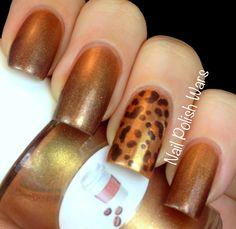 .leopard print party nail