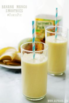 Banana Mango Smoothies Recipe FoodBlogs.com