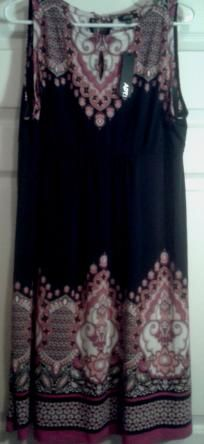 Womens XL Dress (APT 9)
