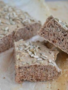 Boekweit brood is niet alleen goed is voor een stabiele bloedsuikerspiegel, maar is daarnaast ook nog eens geheel glutenvrij. Lekker en licht verteerbaar!