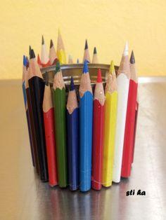 Stojánek na tužky ze zbytků pastelek a plechovky Art Supplies, Pencil, Lily, Orchids, Lilies