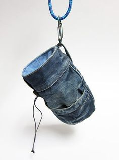 Make a Chalk Bag : 10 Steps (with Pictures) - Instructables Diy Jeans, Jeans Refashion, Diy Bag With Jeans, Dog Treat Bag, Treat Bags, Climbing Chalk Bag, Climbing Wall, Rock Climbing Pants, Jeans Recycling